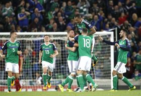 Northern Ireland's players celebrate after Chris Brunt scored a goal against Czech Republic, photo: CTK
