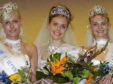 Danijela Bukvic, Petronela Petrovic and Julia Agapo, photo: CTK