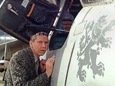 Un visiteur du Salon de l'armement IDET, photo: CTK