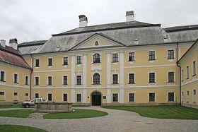 Castle Žďár nad Sázavou, photo: Prazak, CC BY 2.5