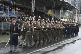 Militärparade in Prag-Dejvice (Foto: ČTK / Ondřej Deml)