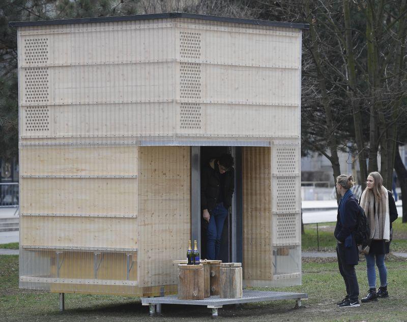 Jedna zútulen navržených pro turisty vKrkonoších, foto: ČTK / Ondřej Deml