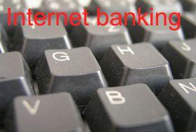 Stále více lidí využívá pro své finanční transakce internet