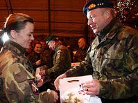 Jefe del Estado Mayor checo, Vlastimil Picek en Kosovo (Foto: CTK)