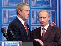 George Bush (left) and Vladimir Putin, photo: CTK