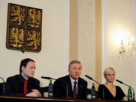 Jiří Potužník (a la izquierda) Foto: CTK