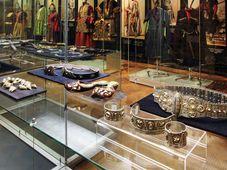 Выставка «Азербайджан - чудесная страна огней» (Фото: Архив Музея культуры народов Азии, Африки и Америки им. Напрстека)