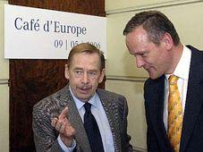 Вацлав Гавел и Цырил Свобода (Фото: ЧТК)