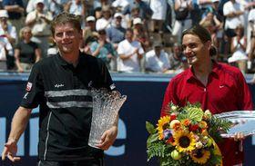 Jirí Novák y Roger Federer, foto: CTK