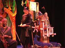 Vít Hořejš v představení Královna Ester, foto: YouTube, kanál Víta Hořejše