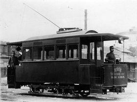 První český zavřený tramvajový motorový vůz vyrobili vroce 1894 vRinghofferově továrně, foto: ČTK