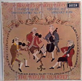 Фото: The Decca Record