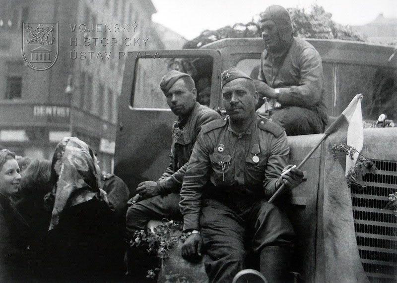 L'Armée rouge à Prague en mai 1945, photo: VHÚ Praha