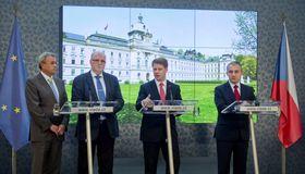The government working group (from left to right): Vladimír Dlouhý, Jaroslav Hanák, Tomáš Prouza and Josef Středula, photo: ČTK