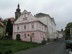 El pueblo de Becov