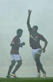 Le duo d'attaquants africains, l'Ivoirien Bony Wilfried et le Camerounais Leonard Kweuke, photo: CTK
