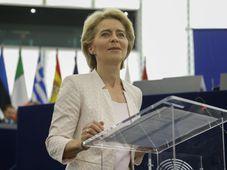 Ursula von der Leyen (Foto: ČTK / AP Photo / Jean-Francois Badias)