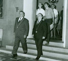 Václav Ráb (děkan vletech 1973 - 1986) abohemista Jaroslav Tax, foto: časopis Univerzity Karlovy iForum / Archiv Univerzity Karlovy