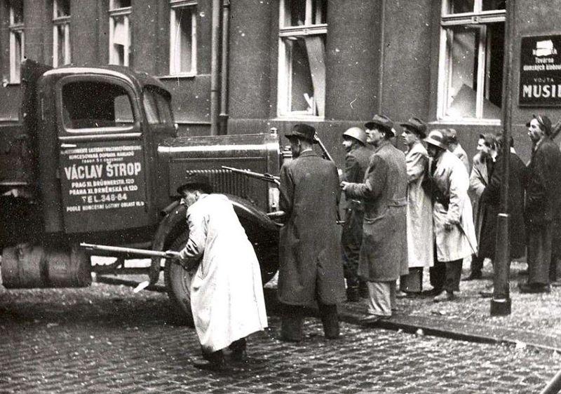 Пражское восстание в мае 1945 г., фото: Архив Чешского радио