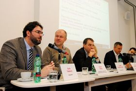 Libor Malý (second from the left) taking part in the panel discussion, photo: Economia