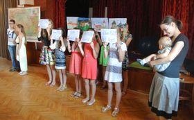 Выступление детей, тематически приуроченное к 700-летию со дня рождения Карла IV