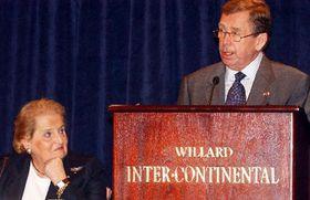 Madeleine Albrightová aVáclav Havel, Foto: ČTK