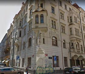 Sitz der Außenstelle des Collegium Carolinum und des DHIW in Prag (Foto: Google Street View)