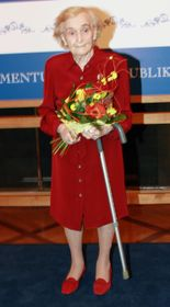 Olga Hrubá během předávání cen Významná česká žena ve světě, foto: Barbora Kmentová / Archiv Radia Praha