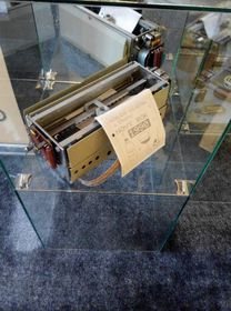 Una impresora construida de componentes de un juego de construcción, foto: Dominika Bernáthová