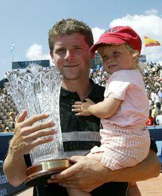 Jiri Novak and his daughter, photo: CTK