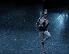 Daniel Camargo (Foto: YouTube Kanal Nationale Opera & Ballet)