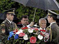 Vaclav Klaus au mémorial de Lidice, photo: CTK