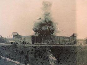 Bourání Stalinova pomníku
