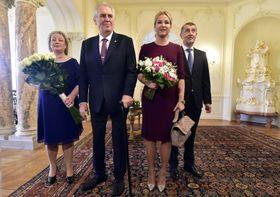 Miloš Zeman et Andrej Babiš accompagnés de leurs épouses, photo: ČTK