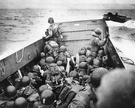 D-Day landing, photo: U.S. National Archives