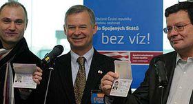 Zleva: Ivan Langer, Richard Graber aAlexandr Vondra, foto: ČTK
