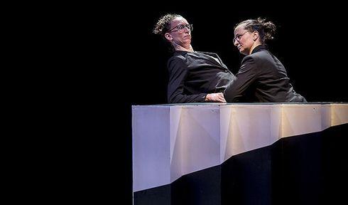 Same Same, photo: Site officiel du théâtre Ponec