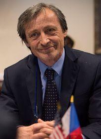 Martin Stropnický, foto: Ashton Carter, CC BY 2.0