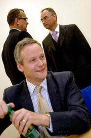 Cyril Svoboda (vpředu), Miroslav Kalousek (vzadu vlevo) aRoman Línek, foto: ČTK
