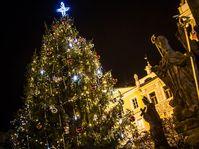 El árbol de Navidad en Pardubice, foto: Jan Ptáček