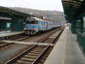 Děčíner Hauptbahnhof (Foto: www.vlaksim.cz)