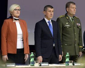 Karla Šlechtová, prime minister Andrej Babiš and chief commander of General Staff Josef Bečvář, photo: ČTK
