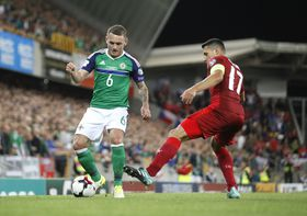 Northern Ireland's Lee Hodson, left, and Czech Republic's Marek Suchý vie for the ball during the World Cup Group C qualifying soccer match between Northern Ireland and Czech Republic, photo: CTK