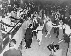 Swingoví tanečníci ve 30. letech minulého století, foto: Alan Fisher, Knihovna Kongresu, Public Domain