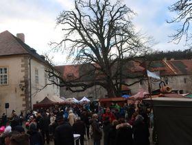 Weihnachtsmarkt auf der Burg Křivoklát (Foto: Martina Schneibergová)