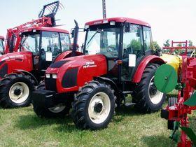Тракторы моделей Proxima и Forterra, фото: Adikpl, CC BY-SA 3.0