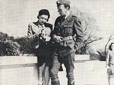 Jiří Mucha s Vítězslavou Kaprálovou, foto: Volné dílo