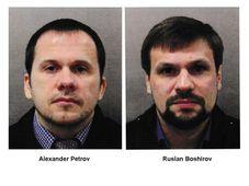 Alexander Petrov (a la izquierda) y Ruslan Boshirov, los espías rusos, foto: ČTK/AP