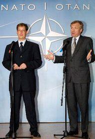 Stanislav Gross and the General Secretary of NATO Jaap de Hoop Scheffer, photo: CTK