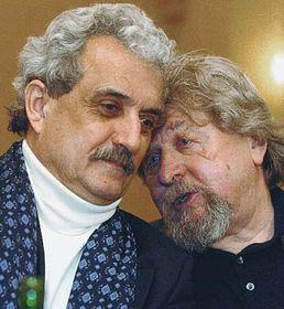 Pavel Dostál aMiroslav Ondříček (vpravo)  - archivní snímek zbřezna 2004, foto: ČTK